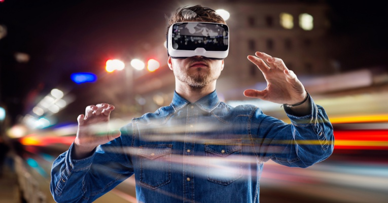 Virtual Reality: How Can It Change The Future